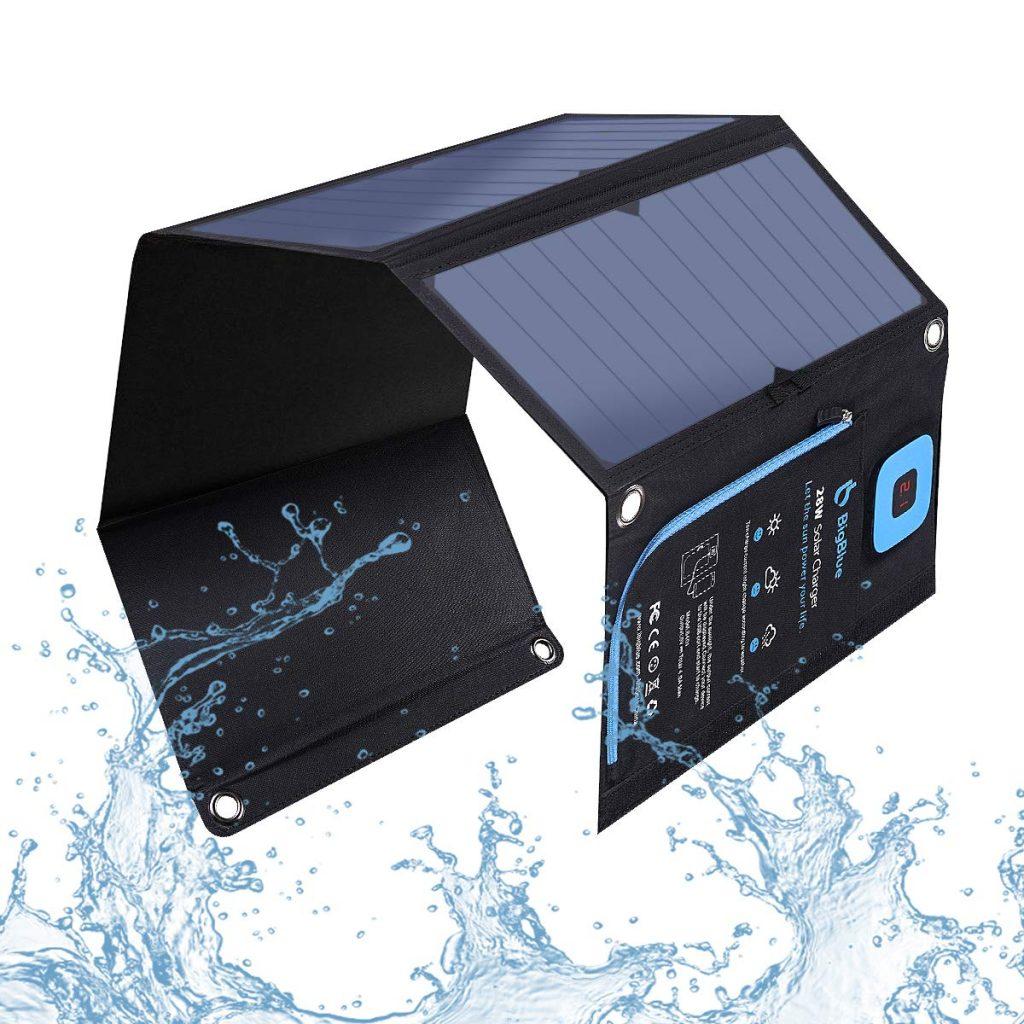 Paneles solares camping